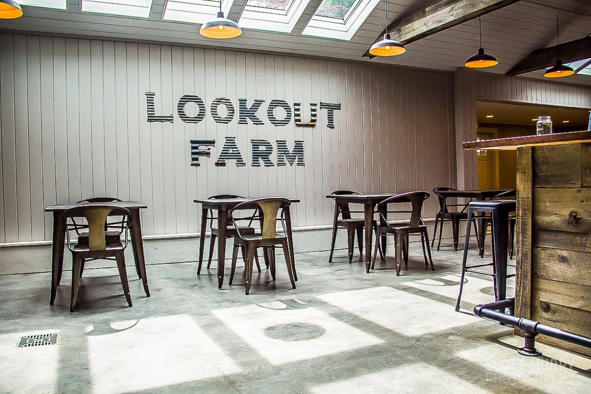 Lookout Farm for Urban Daddy © Scott Murry